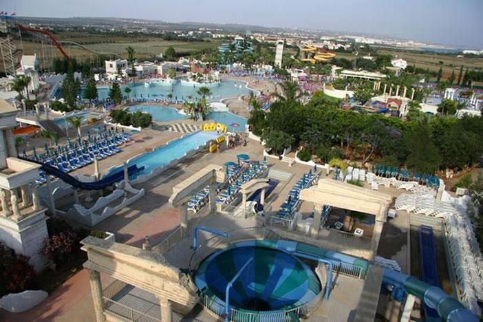 Аквапарк или пляж, что выбрать на Кипре