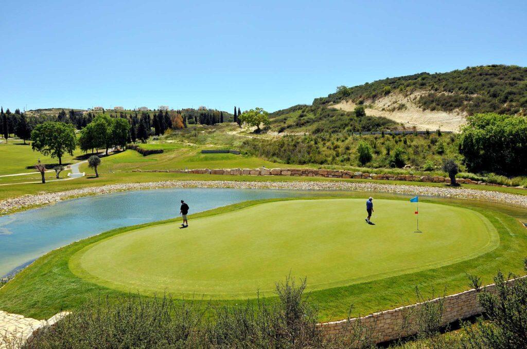 Обучение игре в гольф на Кипре