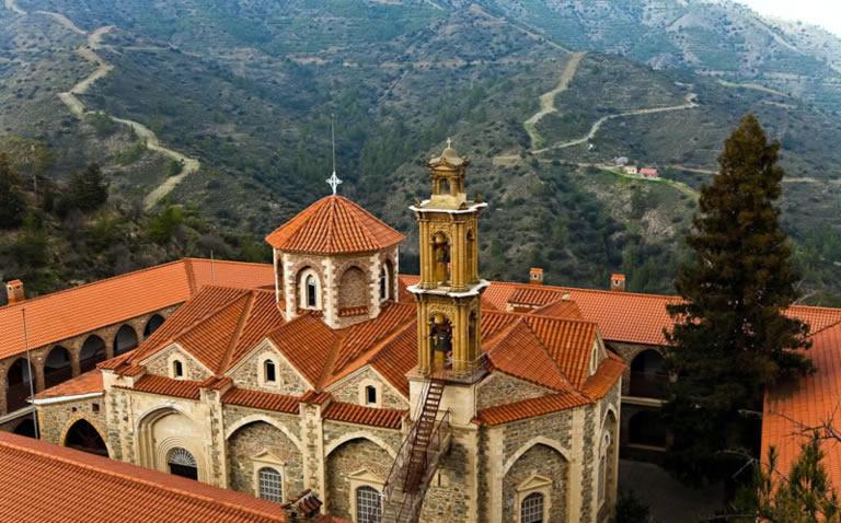 Монастырь Махерас Кипр