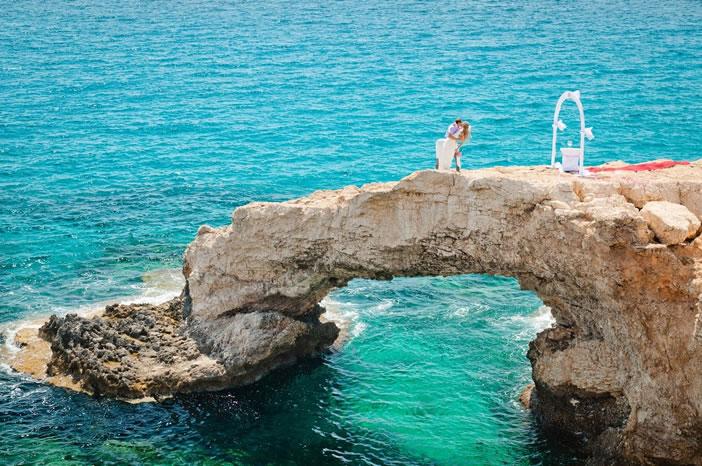 Почему стоит сыграть свадьбу на Кипре